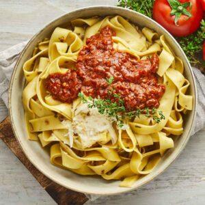 vegansk bolognese med pappadelle pasta fra bonzo