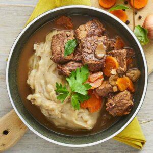 boeuf bourguignon med kartoffelmos nem fransk mad fra bonzo brasserie