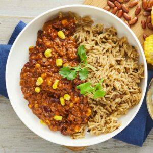 chili sin carne med basmatiris gullasch med kartoffelmos med spinat nem mad fra bonzo måltider