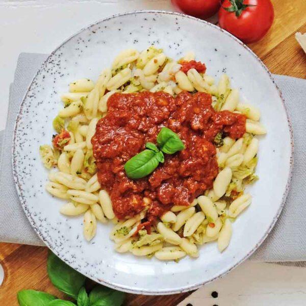 Bolognese med pasta Cavatelli nem mad fra bonzo